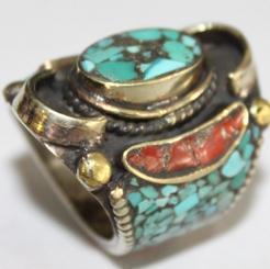 AF-0018 - Grosse Bague Ethnique Afghane et Médiévale Corail, Turquoise T 55 - 77 carats