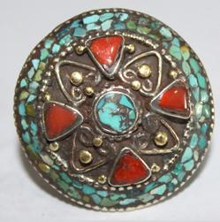 AF-0068 - Grosse Bague Ethnique Afghane et Médiévale Corail, Turquoise, T 57 - 90 carats