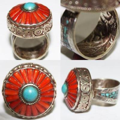 AF-0069 - Grosse Bague Ethnique Afghane et Médiévale Corail, Turquoise, T 62 - 130 carats