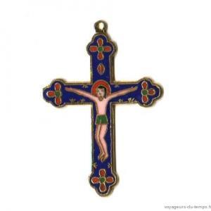 Cx 067a croix cretienne crucifix jesus christ insigne pelerin