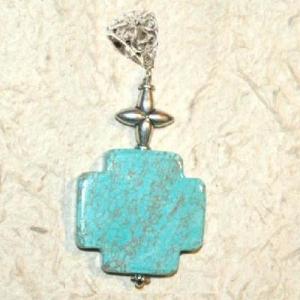 Cx 3234a croix chretienne crucifix 25x25mm blue turquoise pendant achat vente