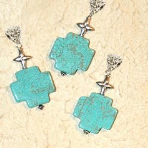 Cx 3234b croix chretienne crucifix 25x25mm blue turquoise pendant achat vente