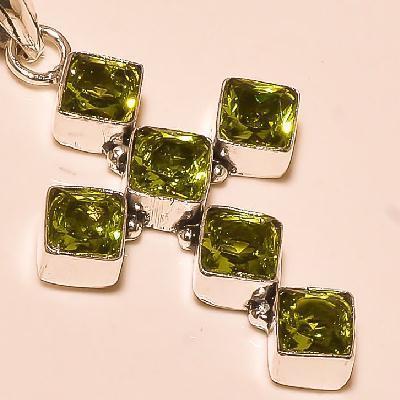 Cx 5605b pendentif croix pendant peridot pierre taillee gemme argent 925 achat vente bijoux