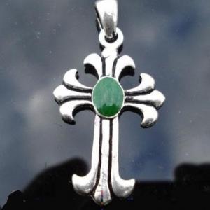 Cxd 001a croix cretienne crucifix jesus christ insigne pelerin