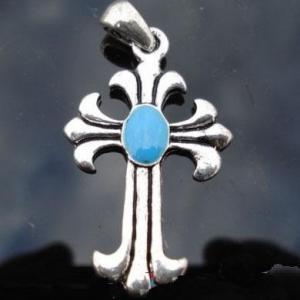 Cxd 002a croix cretienne crucifix jesus christ insigne pelerin