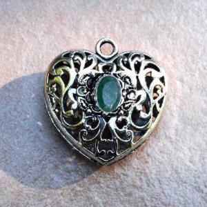 Em 0979a pendentif coeur jesus pendant emeraude achat vente bijou argent 925