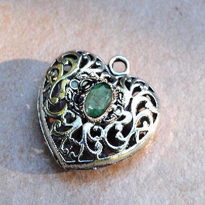 Em 0979b pendentif coeur jesus pendant emeraude achat vente bijou argent 925