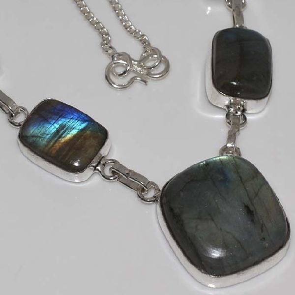 LB-0570 - Joli COLLIER PARURE en LABRADORITE Argenté 925 - 115 carats - 23 gr
