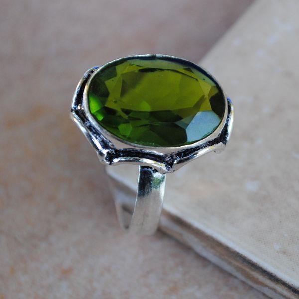 PER-005a - Belle BAGUE T 58 avec Cabochon PERIDOT vert - argent 925 - 23 carats 4.6g