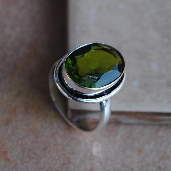 PER-008b - Belle BAGUE T 59 avec Cabochon PERIDOT vert - argent 925 - 25 carats 5.1 g