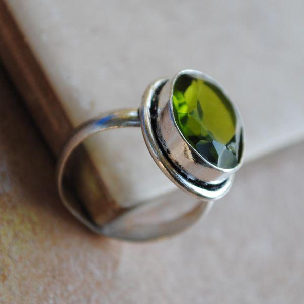 PER-008a - Belle BAGUE T 58 avec Cabochon PERIDOT vert - argent 925 - 25 carats 5 g