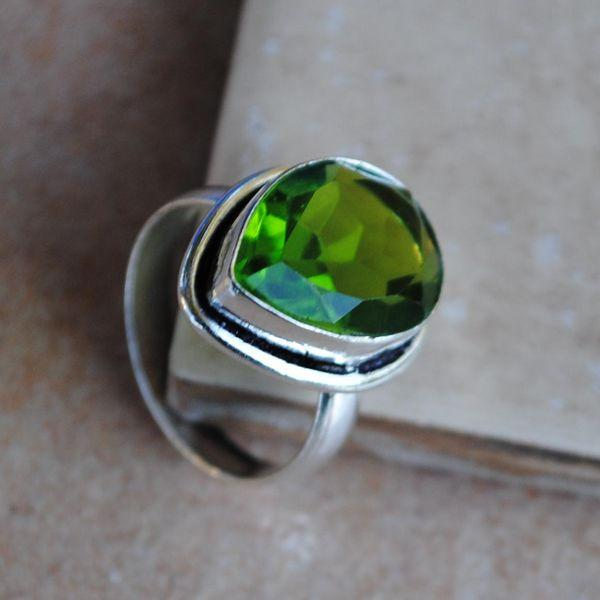 PER-012c - Belle BAGUE T 57 avec Cabochon PERIDOT vert - argent 925 - 22 carats 4.5 g