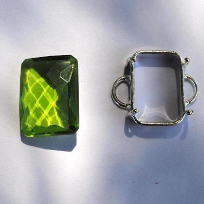 PER-162 - PERIDOT pierre taillée, facettée et sertie sur monture argent 925 - 19,5 carats - 3,9 gr